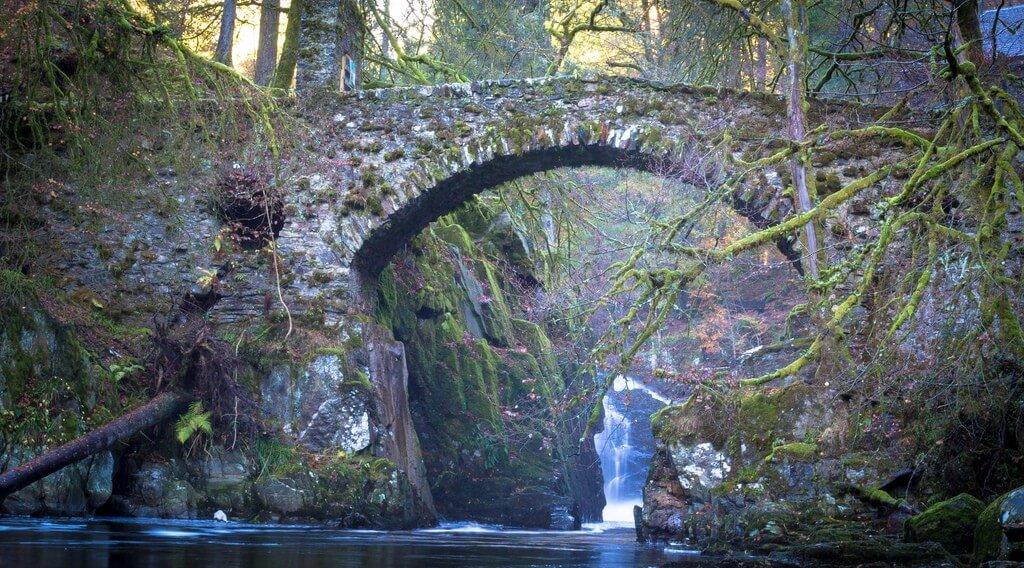 Skót híd3